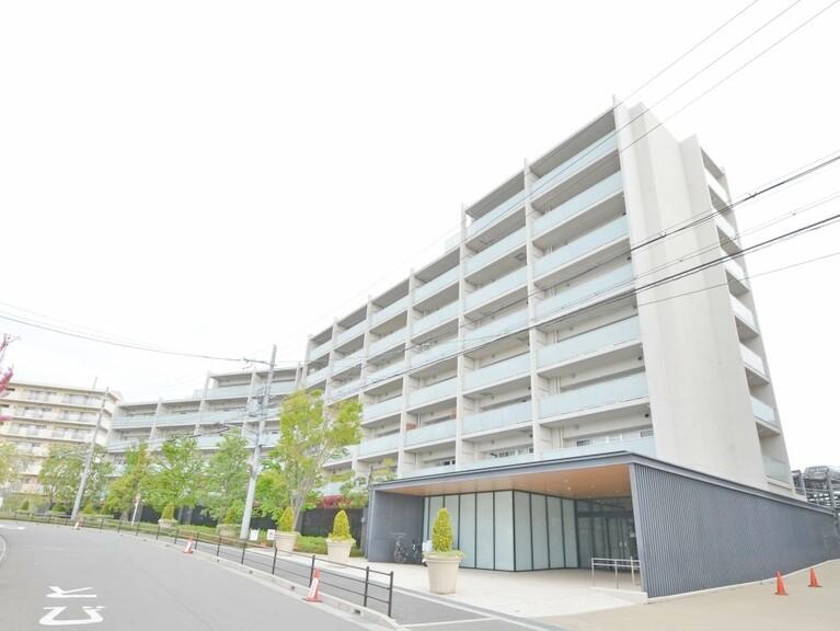 ローレルコートアトレ千里青山台フォレスト館