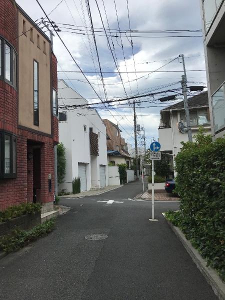 渋谷区神宮前3丁目戸建_2